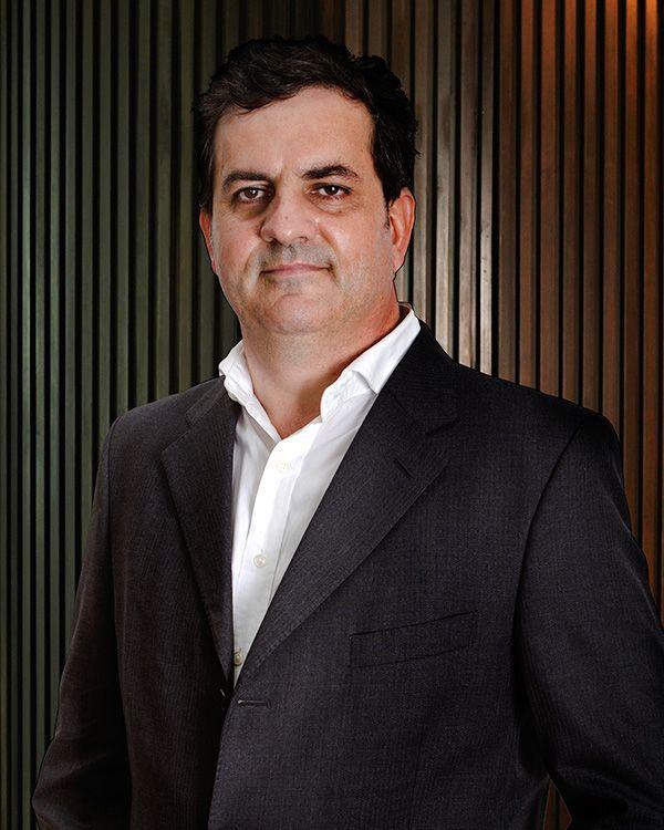 Francisco Javier Marín Undurraga Director
